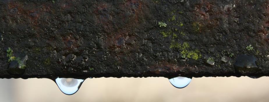 drips on metal 2 b